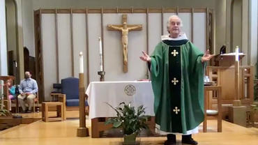 Fr. Joe Gillespie presiding at Mass